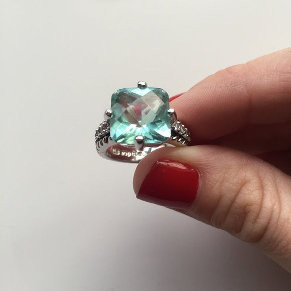 Size 6 Lia Sophia Turquoise Silver Ring Beautiful statement ring, CZ and Silver Lia Sophia Jewelry Rings