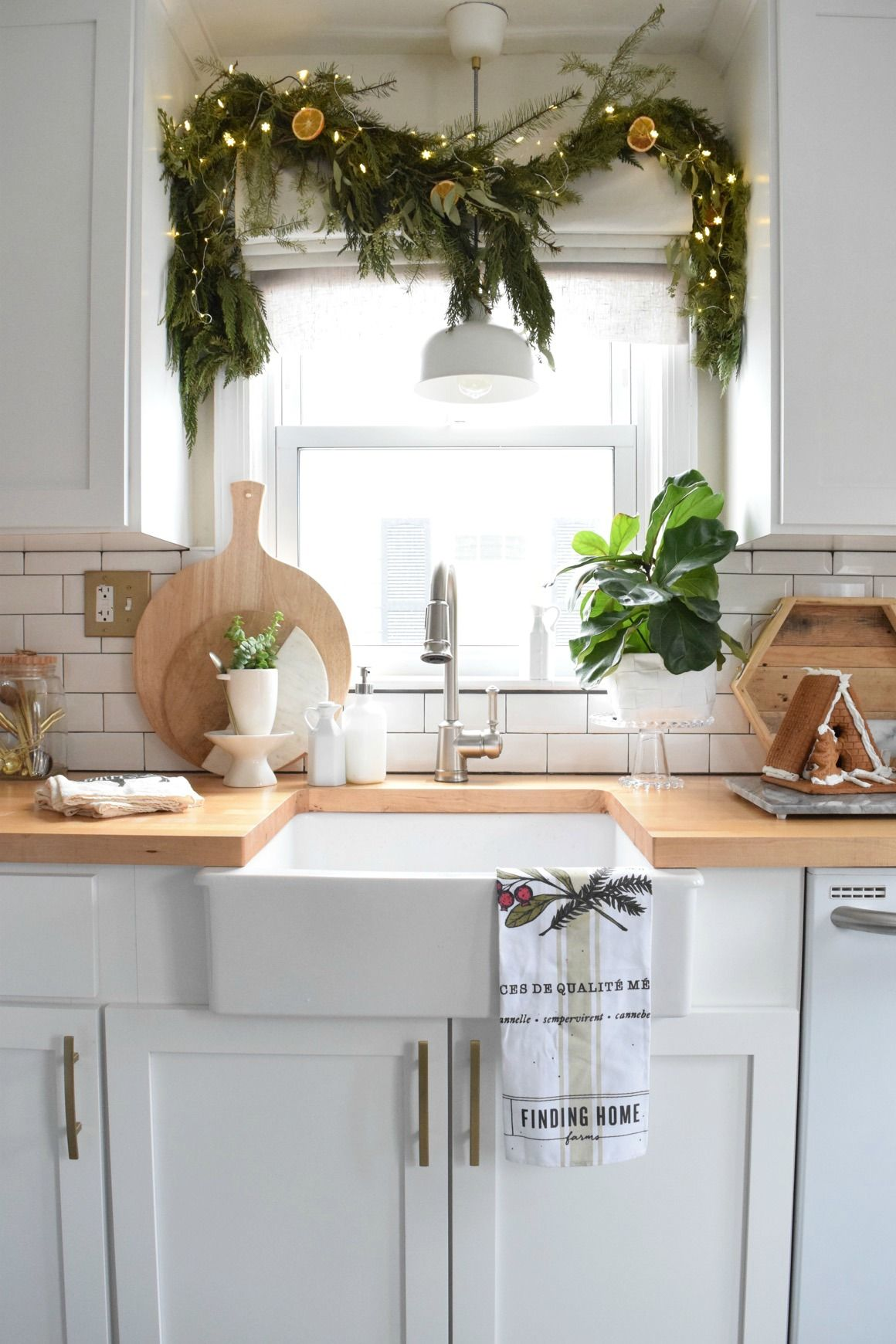 holiday house walk 2016 from our connecticut cape with images christmas kitchen decor on kitchen cabinets xmas decor id=58245