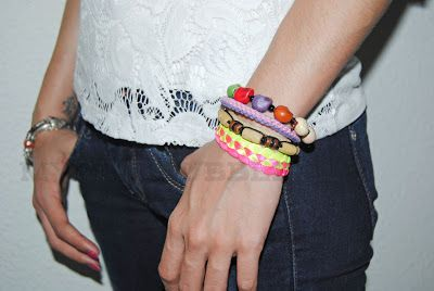 Bracelet http://fiestadecolores.es/tienda/product_info.php?cPath=48&products_id=336
