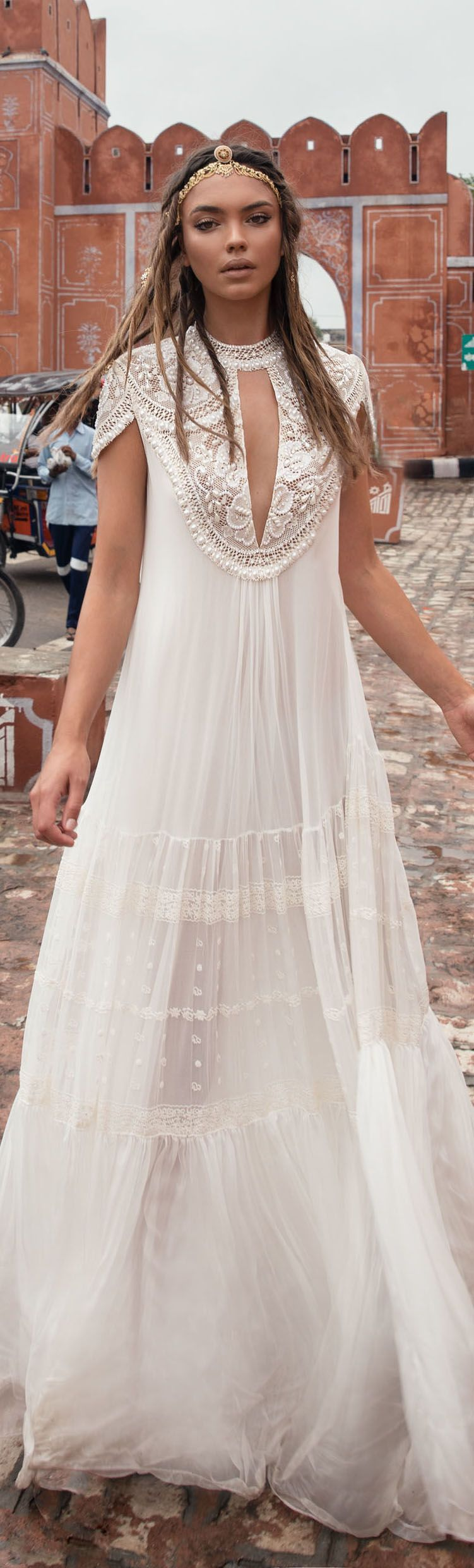 Boho hippie wedding dress  Bohemian wedding dress from Carchy  Vestida Pra Casar  Pinterest