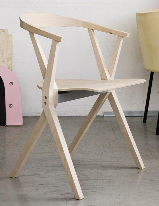 Interior trend plywood stuhl allgemeinbildung und m bel for Barhocker zum klappen