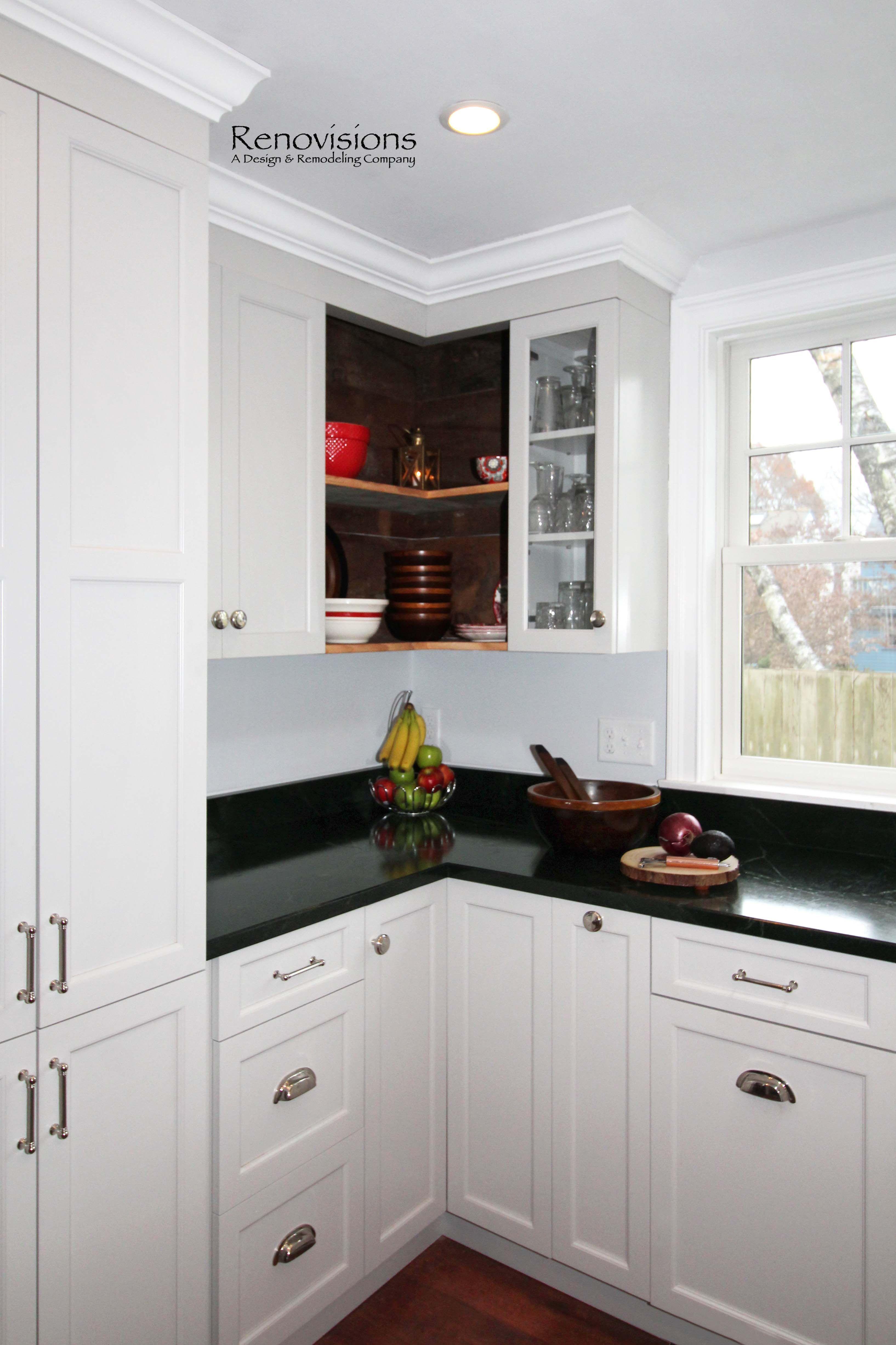 Kitchen remodel by Renovisions in Newburyport, MA. Farmhouse ...
