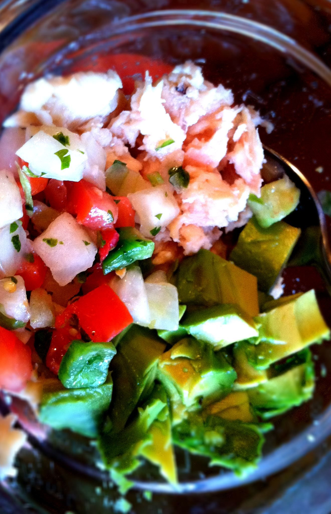 Looking for a healthier mix-in for tuna? Try avocado and pico with a little salt and pepper!  Check out more healthy recipes like this at: www.amptfit.com/blog