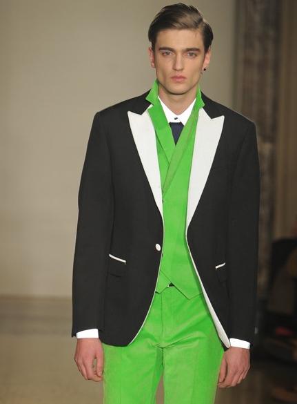 Men\'s Best Man Groom Green And Black Wedding Suit Ideas.   Mens ...