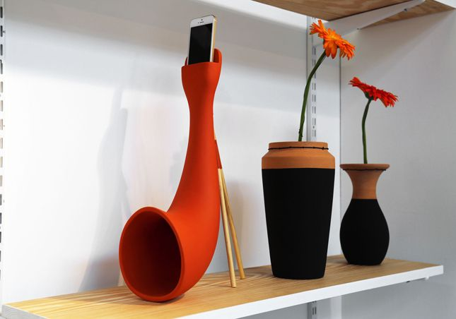 LONDON DESIGN FESTIVAL 2014 - Eco phone speaker - Pop and Dots - Core77