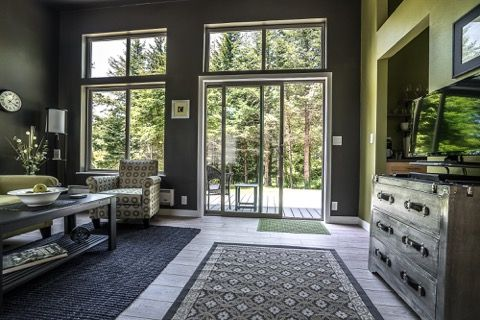 Northwest IdeaBox | Small Houses in 2019 | Prefab homes ... on box home sami rintala, box house plans, box building plans, unique open floor plans, simple small house floor plans, shipping container floor plans,