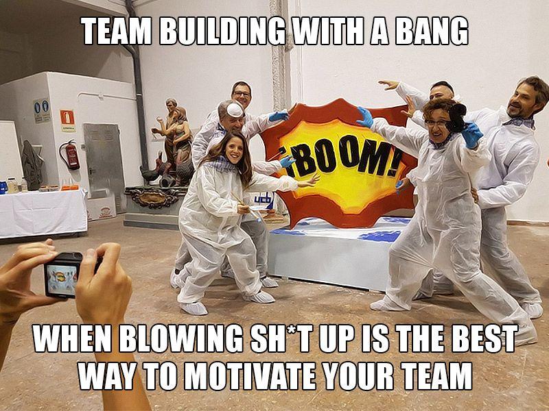 10 Team Building Memes To Brighten Your Day Es Cultura Eventos Team Building Teams Memes