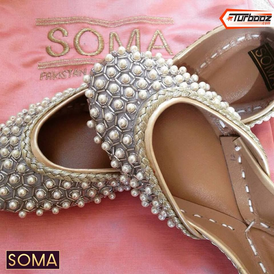 0a6a6450a8d Punjabi Jutti pinterest   nivetas Indian Shoes