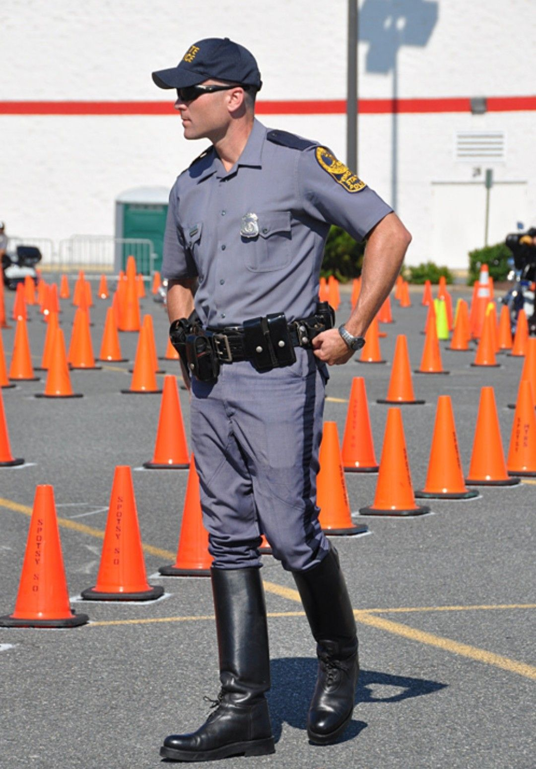 Pin by Chris Wittmann on Cops | State police, Men in uniform, Good looking men