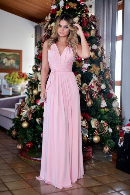 Vestido rosa longo simples