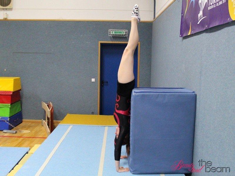 6 übungen Zum Handstand Lernen Turn Tutorial Gymnastics