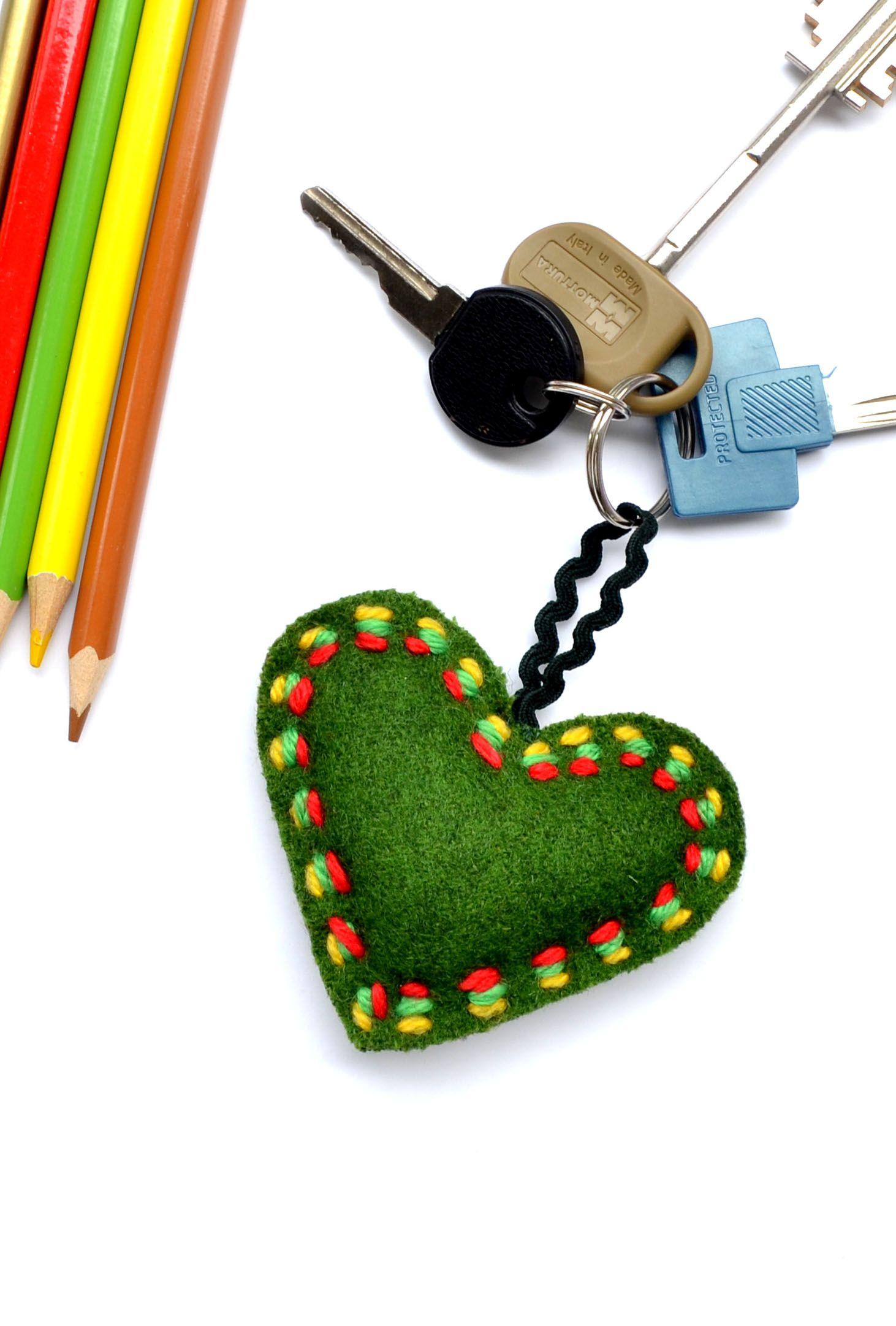Green Soft Wool Bag Charm Heart Cushion Keychain Toy Gift Home