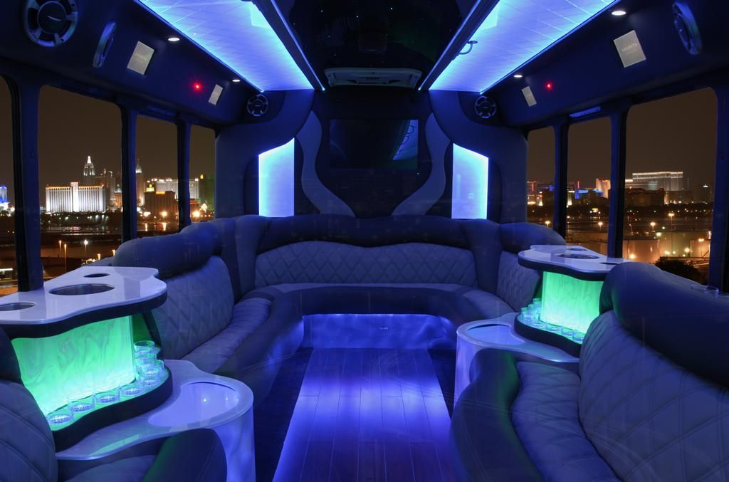 Interior Of Limo Bus With Hot Tub I Come Across Such A Great Limo