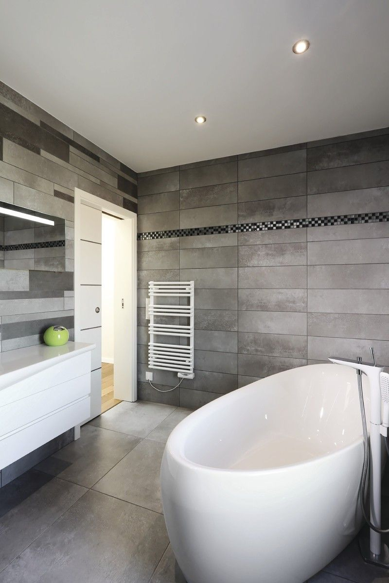 Badezimmer Ideen Fliesen Grau   Inneneinrichtung WeberHaus Fertighaus    HausbauDirekt.de