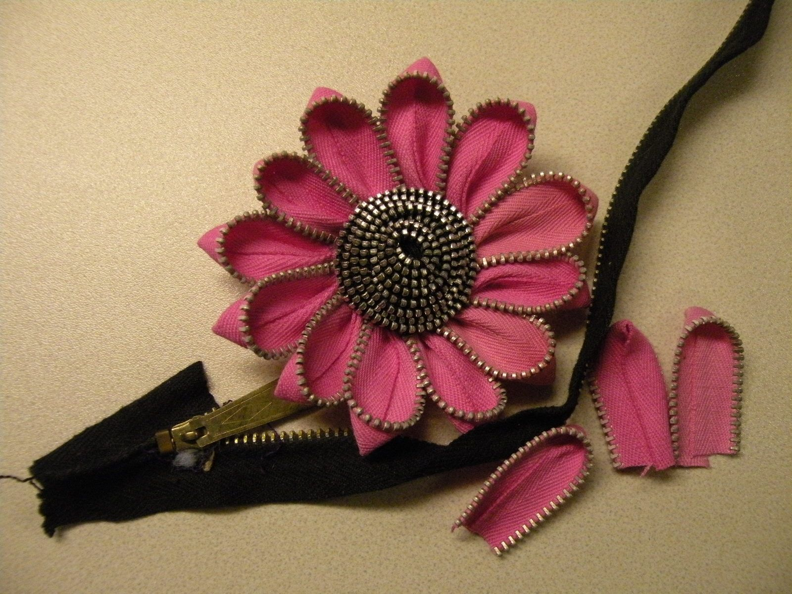Small flowers for crafts - Find This Pin And More On Crafts Zippers
