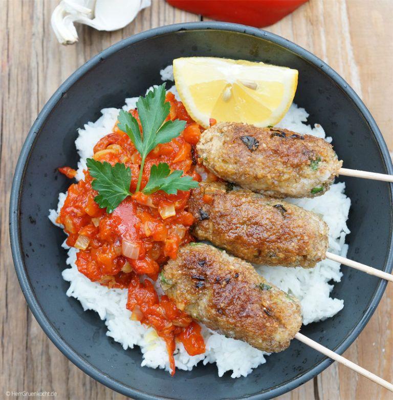 Vegetarische Cevapcici ganz einfach selber machen | Herr Grün Kocht #vegetarischerezepte