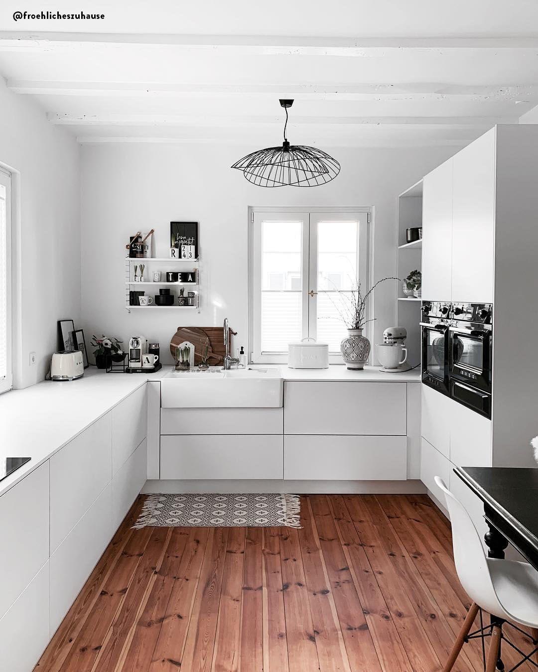 CUCINA MODERNA - Il bianco è simbolo di pulizia, minimalismo ...