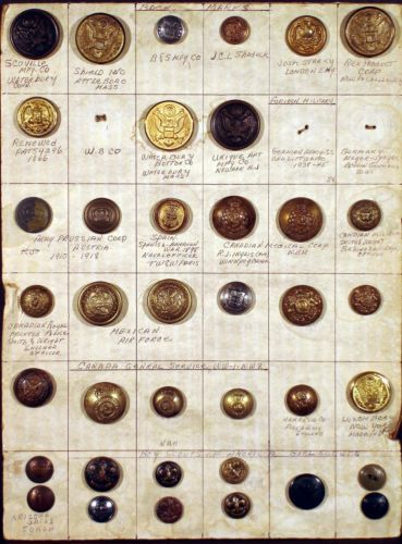 COLLECTION-OF-38-ANTIQUE-MILITARY-BUTTONS-U-S-CANADA-MEXICO