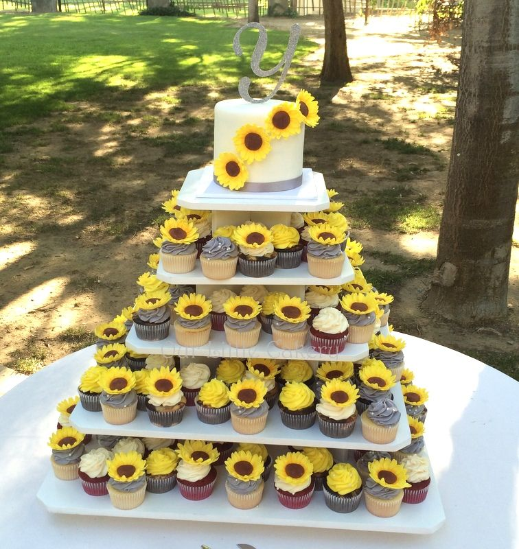 Sunflower Wedding Cake Ideas: Pin On Sunflowers Wedding Decorations
