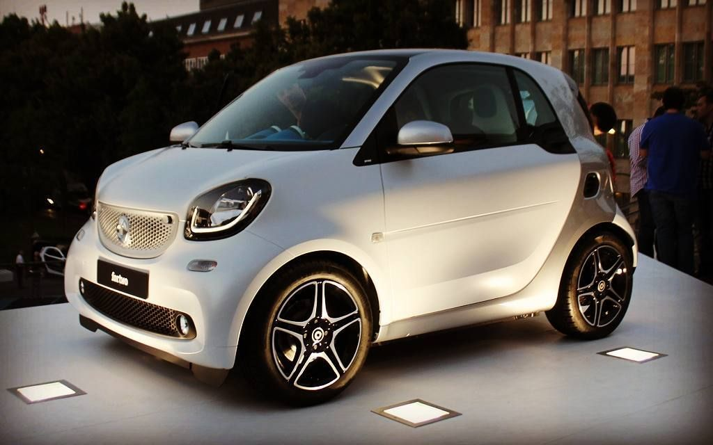 Pin By Melanie On Dream Car Smart Fortwo Smart Car Benz Smart