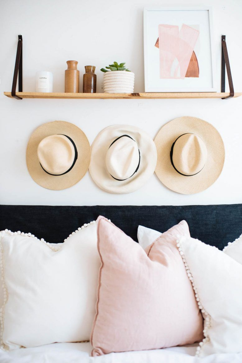 diy pom pom trim cushions apt decoration zuhause deko kissen. Black Bedroom Furniture Sets. Home Design Ideas
