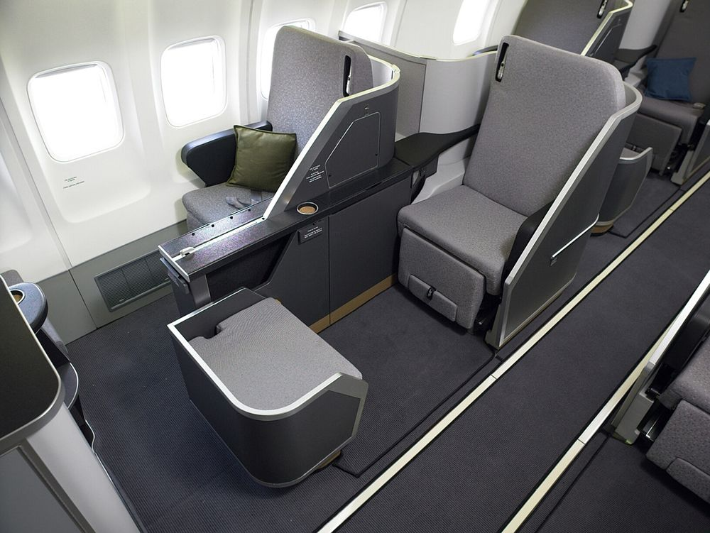 Top 10 Most Luxurious Airlines Aircraft Interiors Airplane Interior Luxury Jets