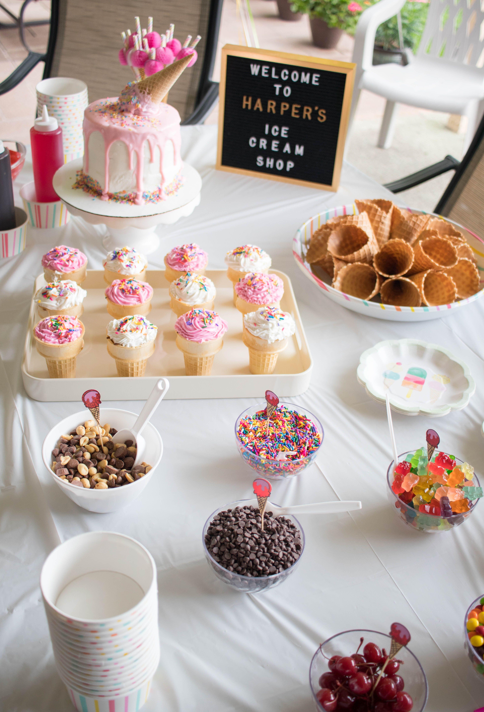 Harper S Ice Cream Themed Birthday Party Icecreambirthdayparty Harper S Ice Cream Themed Birthday Party Geburtstagsfeier Madchen 2 Geburtstag Eis Thema
