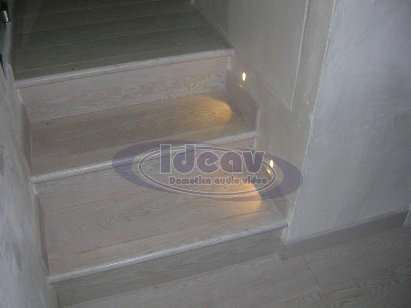 Scale con illuminazione led, segnapasso led scale