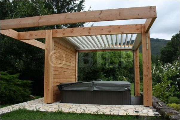 les lames orientables pergolas et tonnelles faire soi m me pergola pergola exterior et. Black Bedroom Furniture Sets. Home Design Ideas