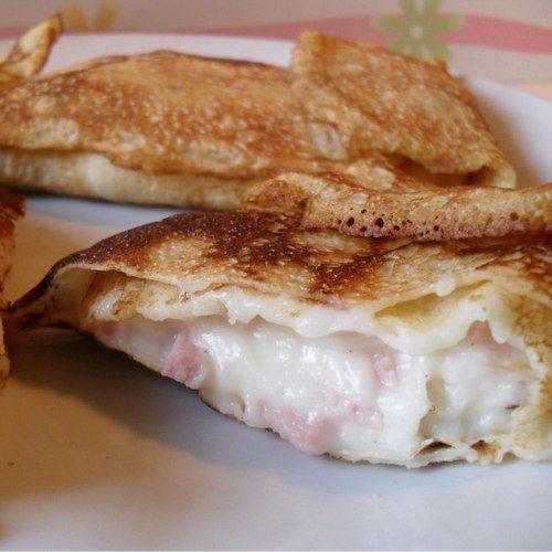 La ricetta di oggi: crêpes con besciamella, prosciutto cotto e formaggio