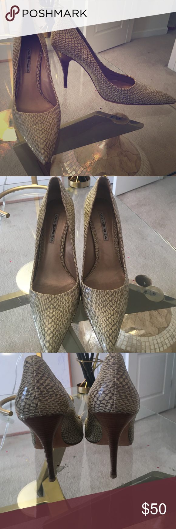 Via Spiga green toned croc heels Pointy toed green croc Via Spiga Via Spiga Shoes Heels