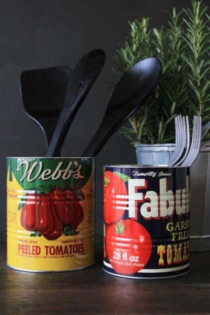 Set of 2 Vintage Style Tomato Storage Tins / Plant Pots - Small Set of 2