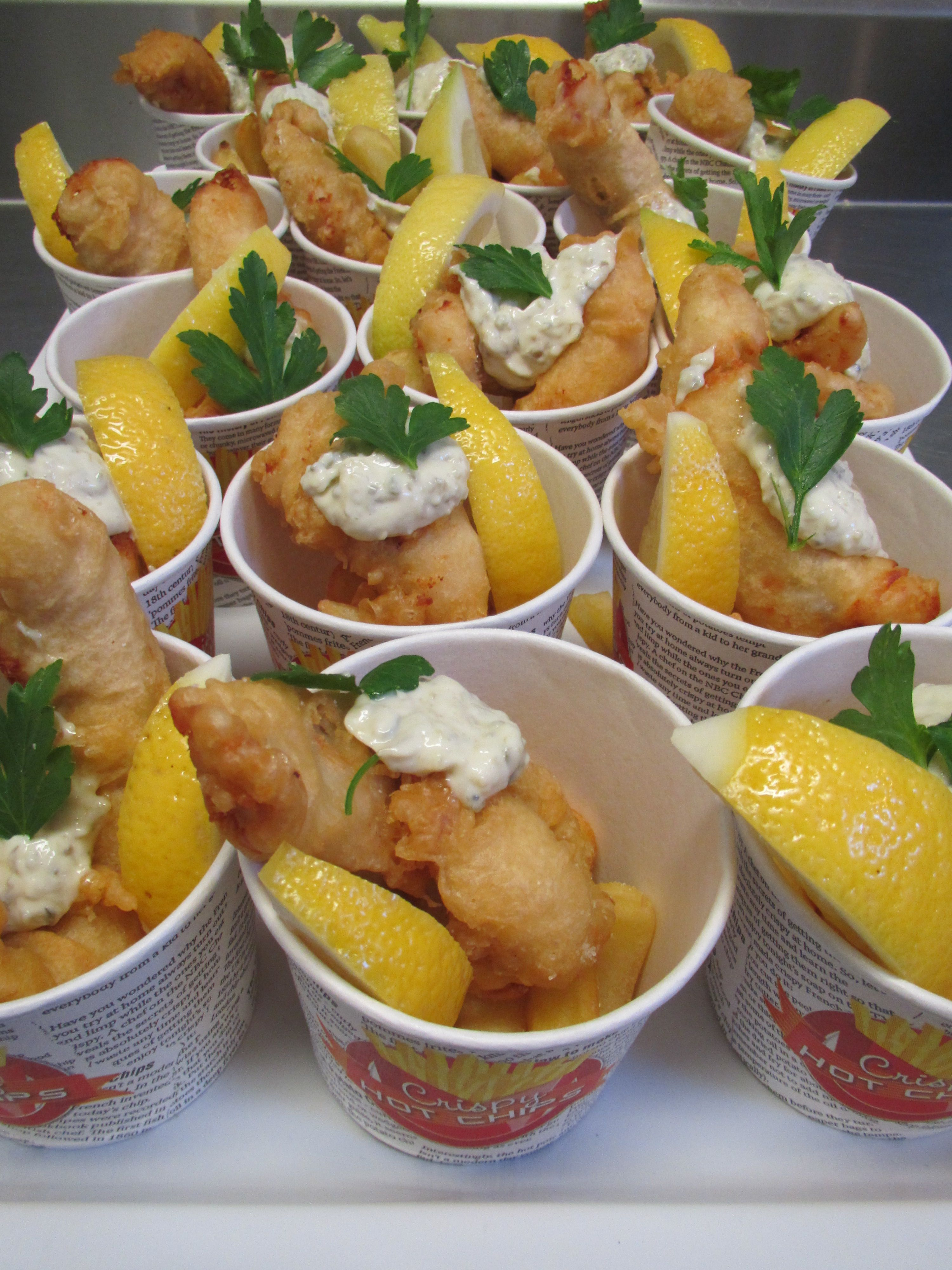 Fish chip boxes canape canap pinterest canapes for Canape examples