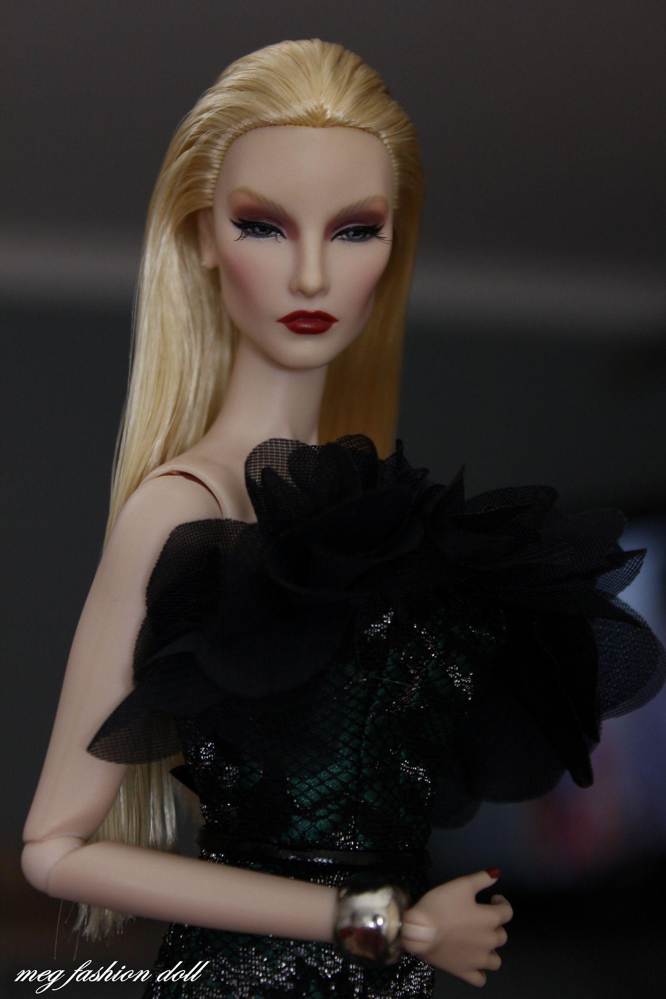 Fashion Royalty Passion Week Elyse Royalty, Fashion