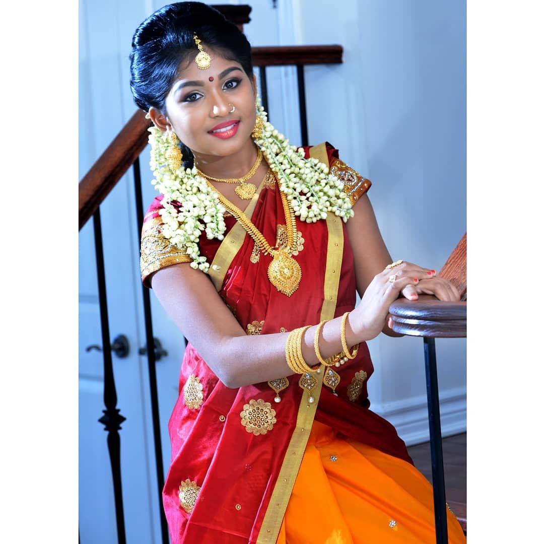 Sexy Indischer Teenie Bei Erstem Dreier