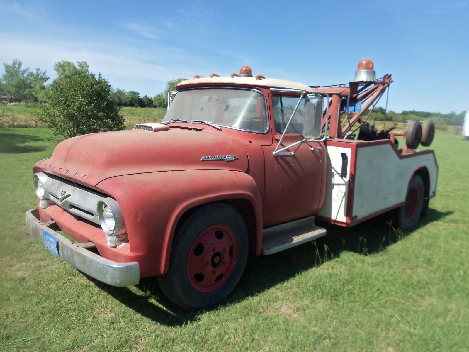 Very Rare 1956 Mercury Big Back Window Tow Truck Truck Is A Rust Free Truck From California Sheet Metal Is Gorgeous I Believe That F Tow Truck Trucks Towing
