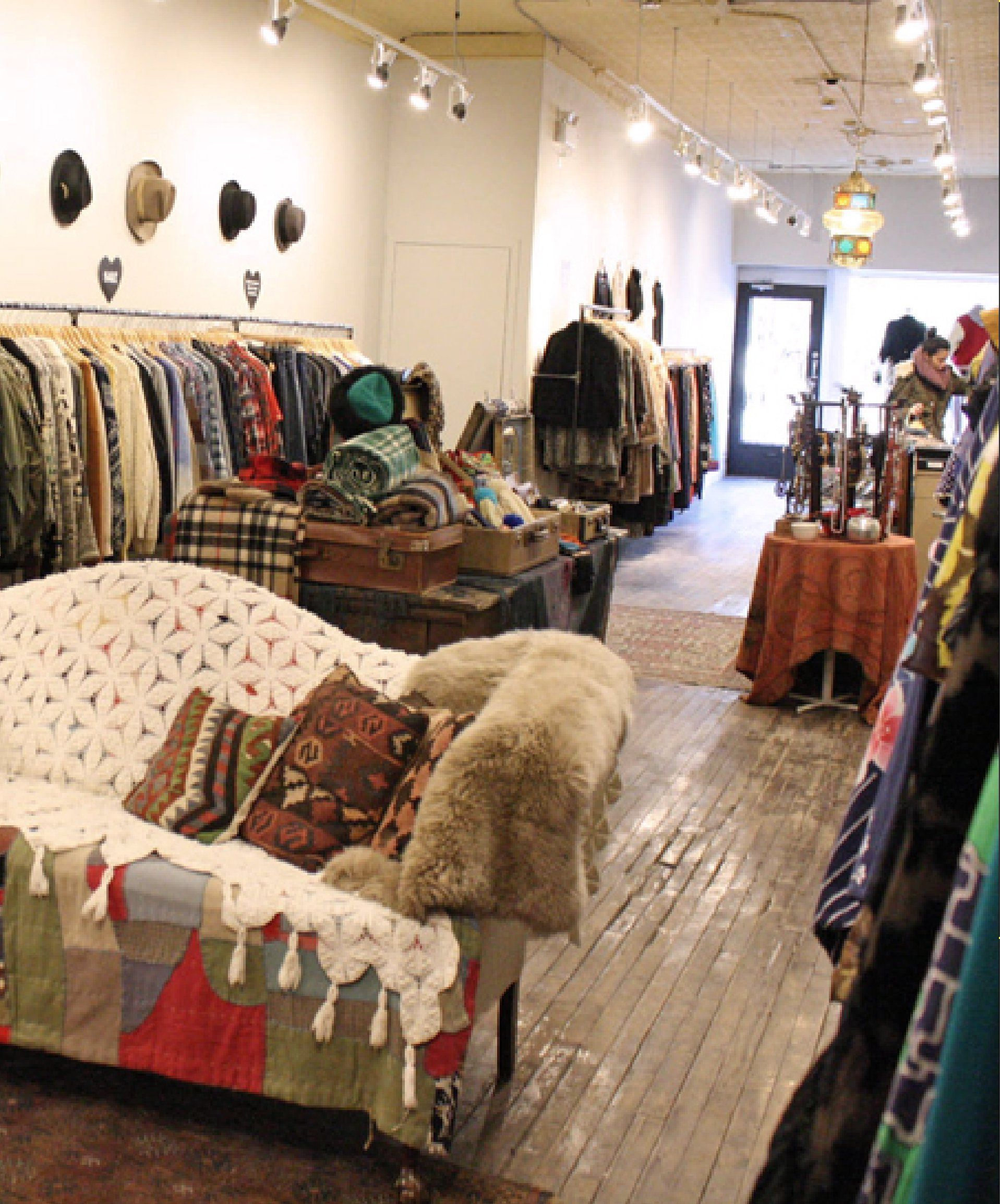 How To Shop Vintage Plus The Best Thrift Stores In Canada Aesthetic Shop Thrifting Vintage Shops