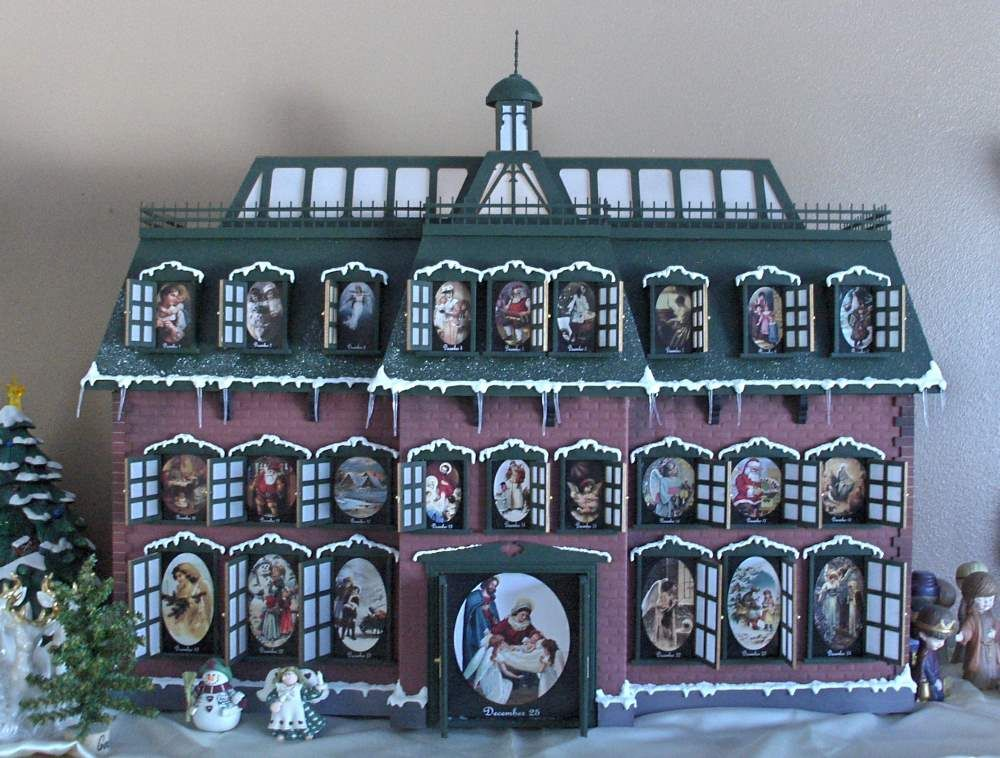 Christmas Vacation Advent House Calendar.Found This Great Site To Build The Christmas Vacation Advent