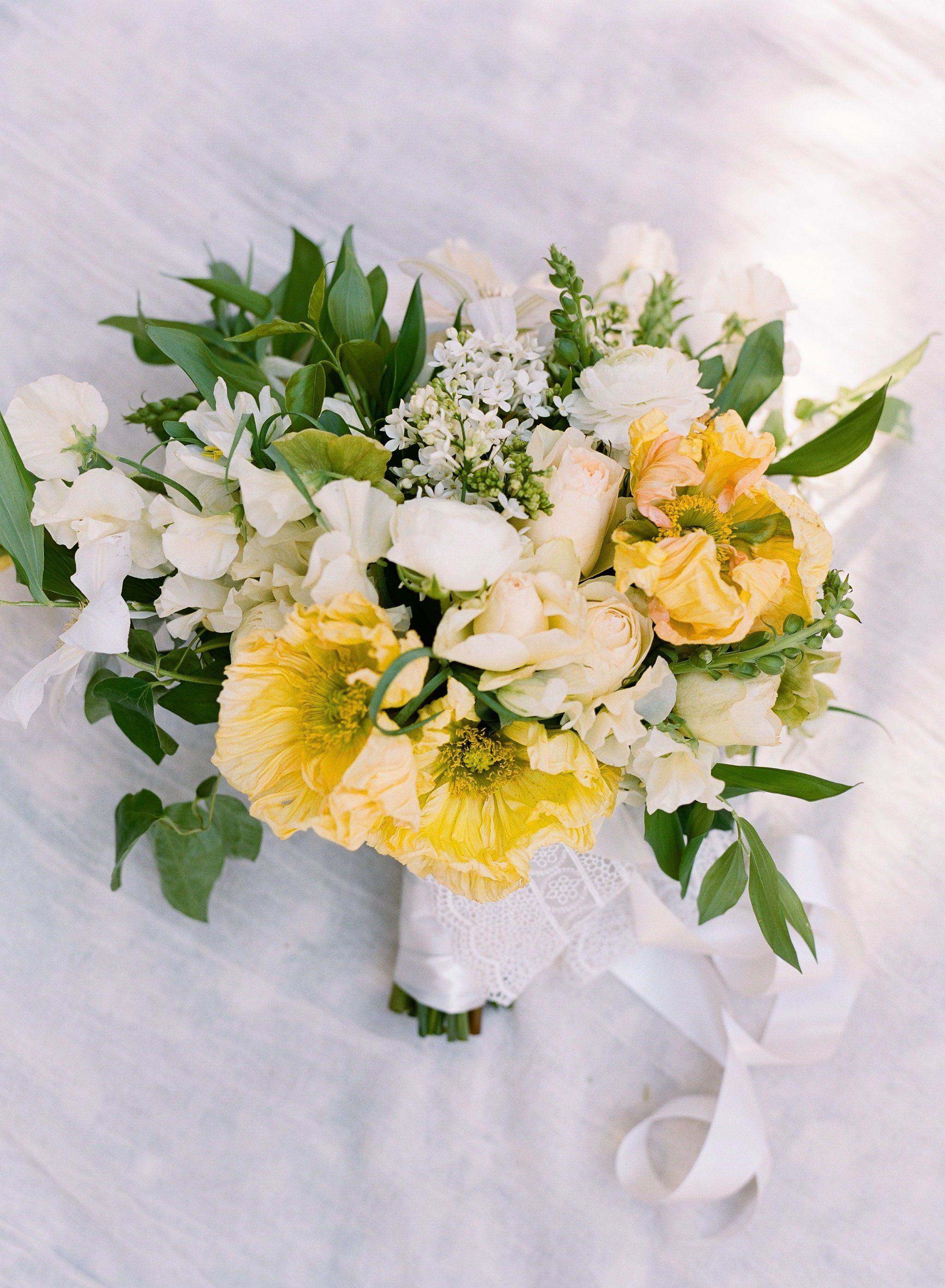 Yellow And White Wedding Flowers This Bouquet Was The Perfect