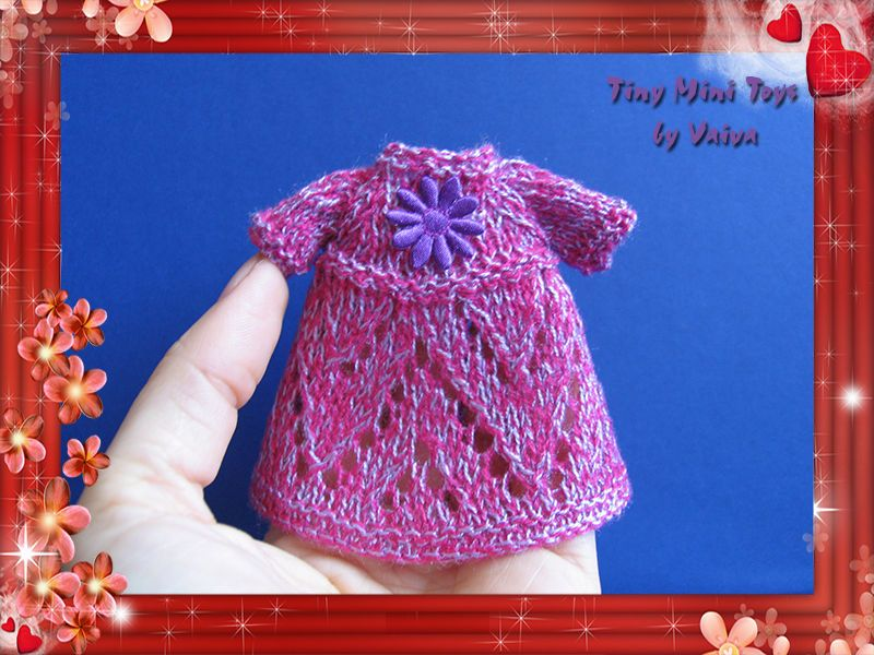 DOLLHOUSE MINIATURE 1/12 SCALE HAND KNITTED DRESS OUTFIT CLOTHES #TinyMiniToys