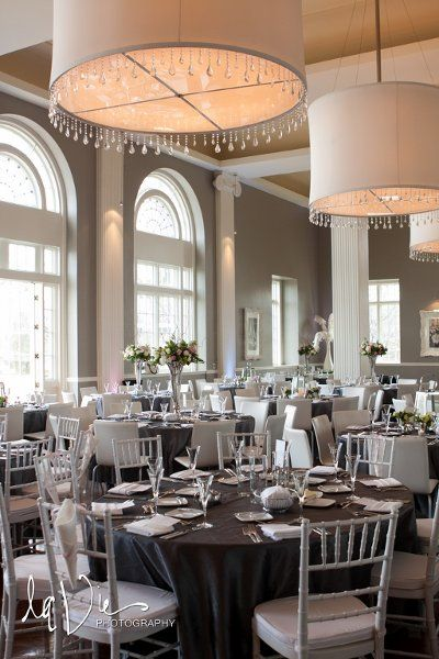 Calhoun Beach Club Provides Wedding Ceremony Reception Venue In Minnesota
