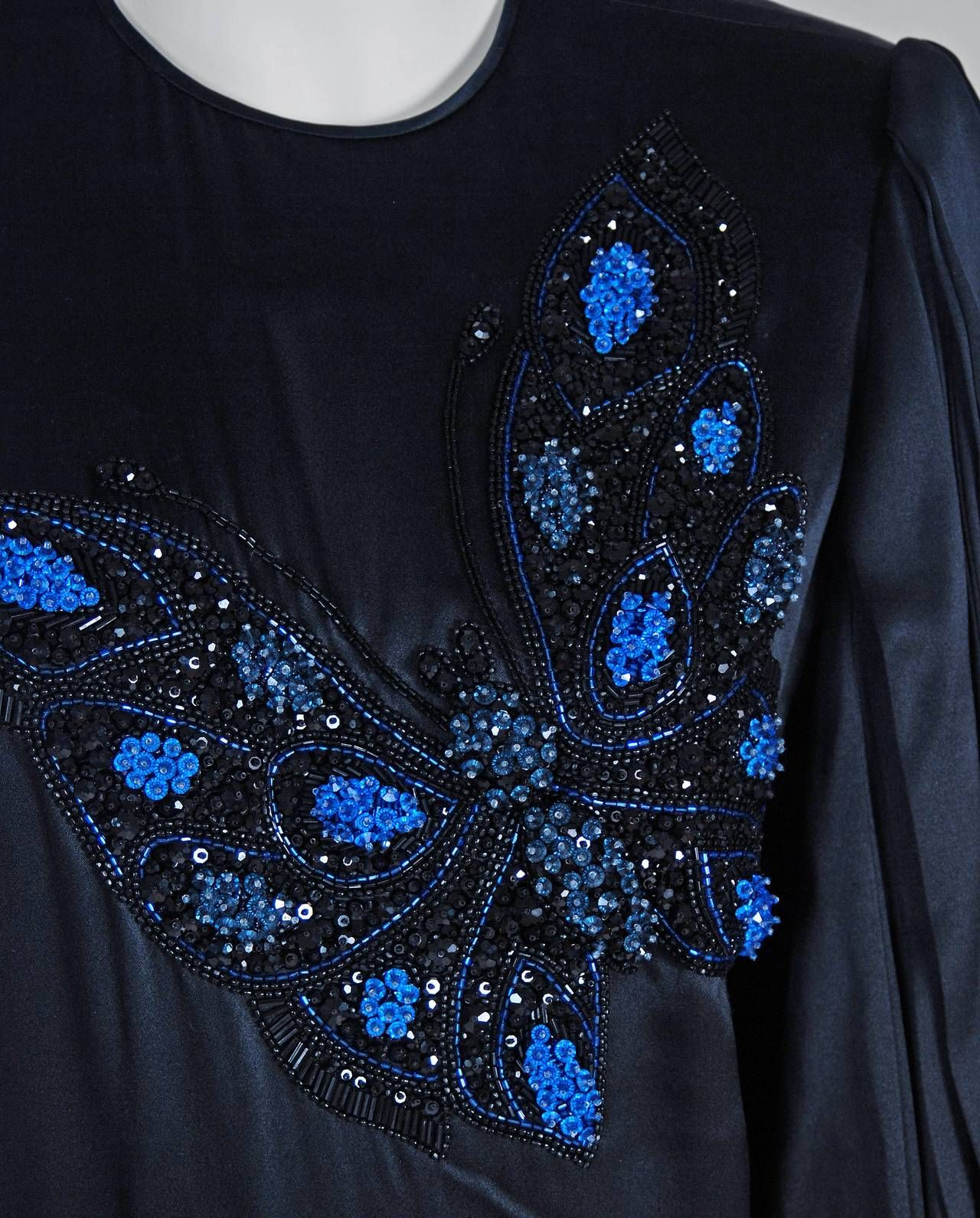 Pin About Black Satin And Fashion On Bead Embroideries