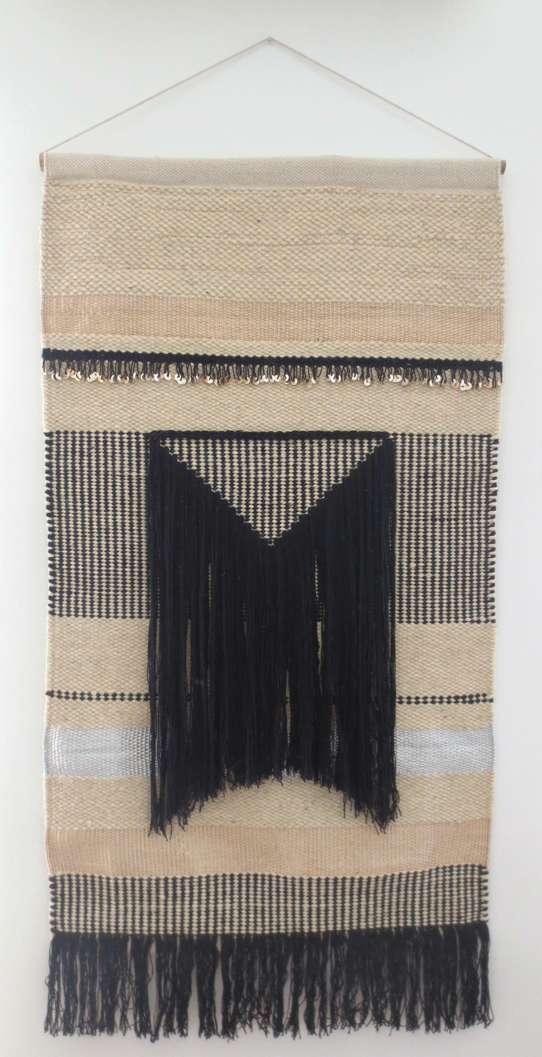 tapis mural inca m lange de laine cru et noire de fils or et argent tress s plat ainsi qu. Black Bedroom Furniture Sets. Home Design Ideas