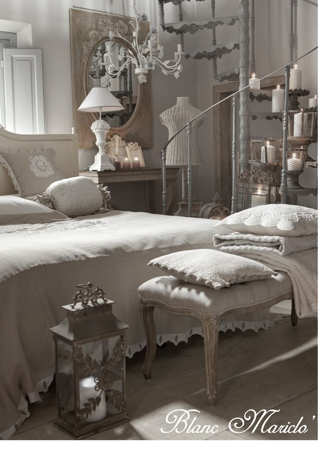 French Romantic Bedroom: Blanc Mariclo Shabby Chic Interior Gustavian Chic French