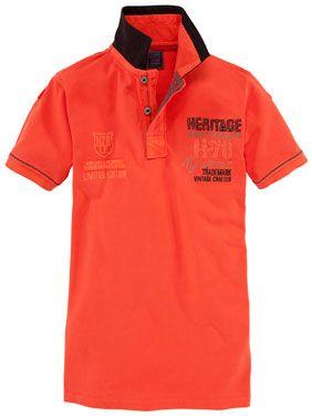 TOM - Stylisches Poloshirt in Orange, mit farblich abgesetztem Kragen.