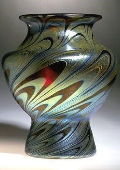 Loetz Phenomenon Vase, 1900