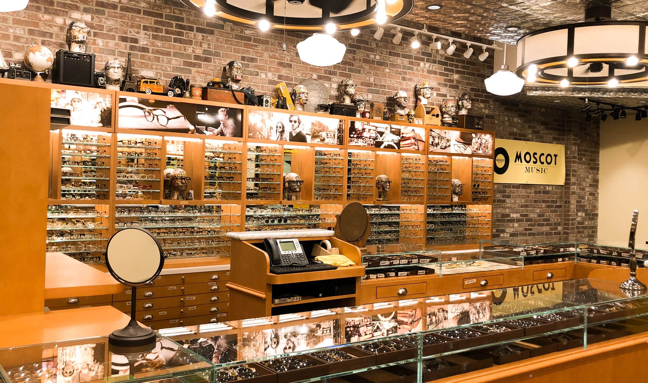 Moscot Melrose Shop Locations Moscot Nyc Since 1915 In 2020 Moscot Nyc Melrose Avenue