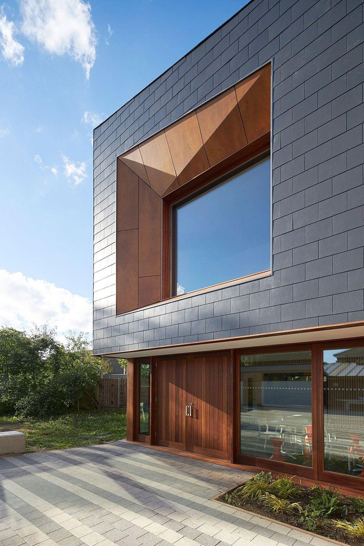 Modern Exterior Window Details Window Architecture House Exterior Building Cladding