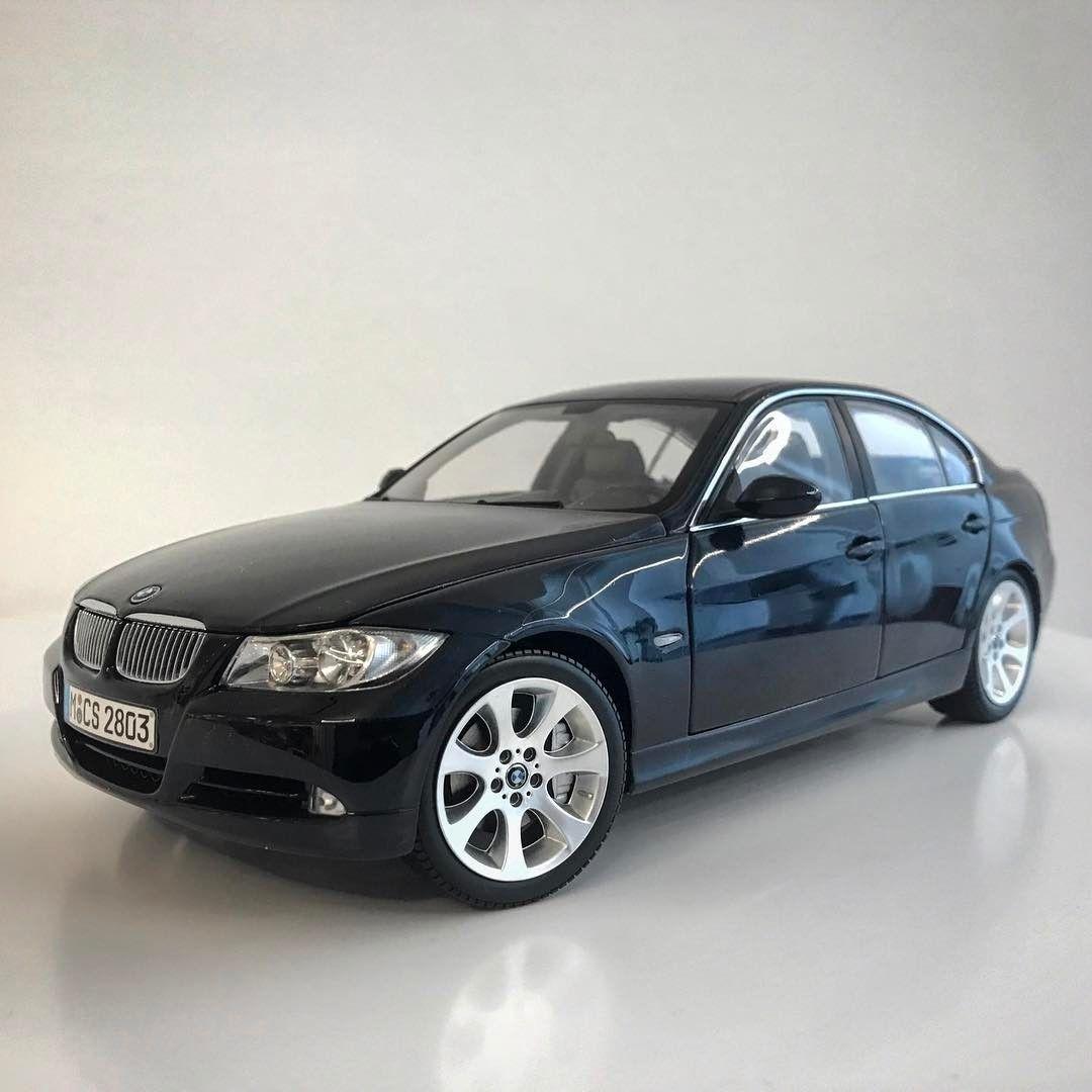 Bmw 330i: Kyosho E90 BMW 330i (Dealer Edition)