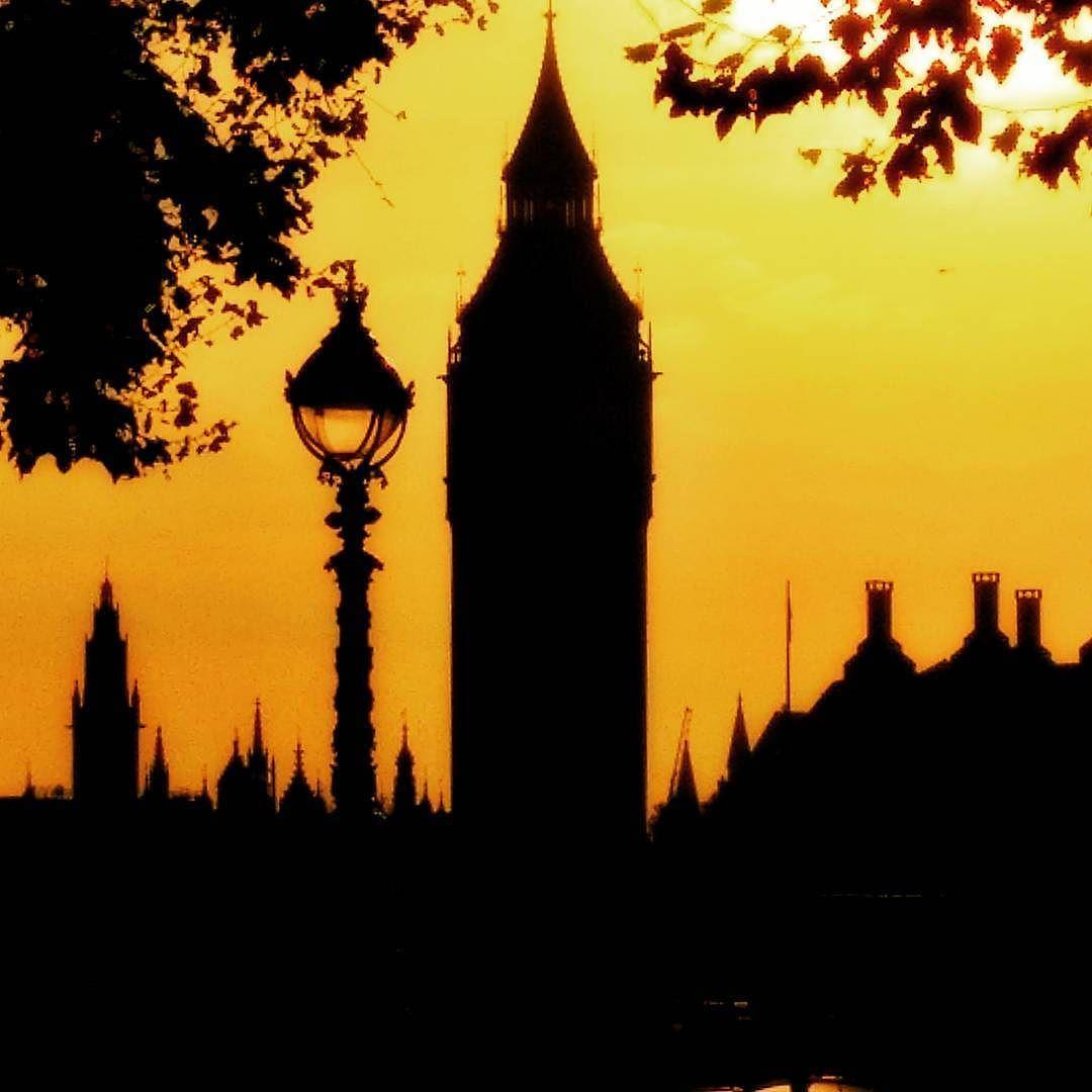 Big Ben in #silhouette #toplondonphoto #London